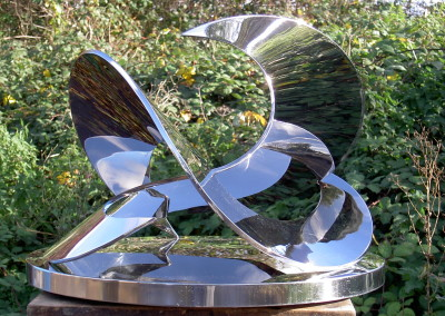 Moondance (polished) by Charlotte Mayer, stainless steel